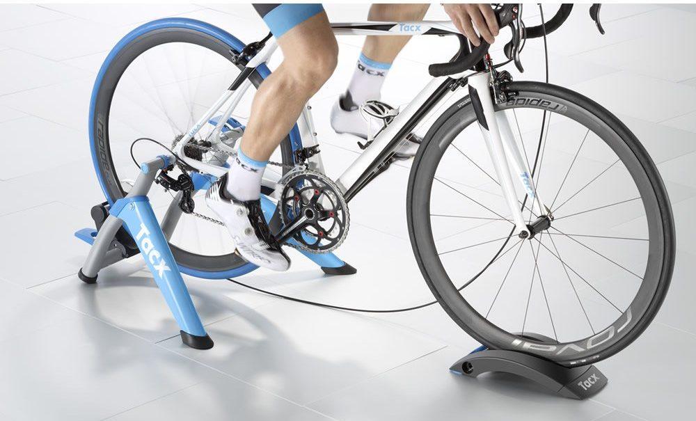 Cubierta de ciclismo para rodillos Technische Industrie Tacx 700 x 23C T-1390